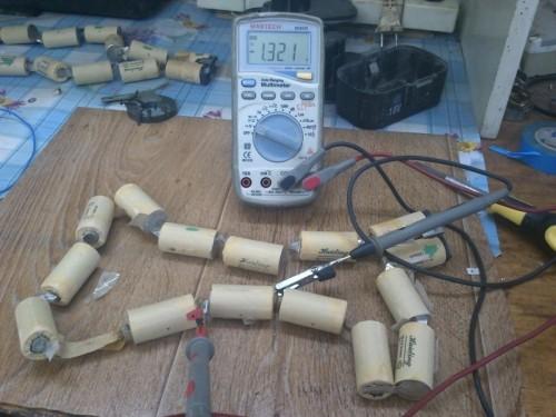 Как заменить нерабочие аккумуляторы в шуруповерте